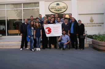 """Aktivist të shoqatës """"Vëllazërimi"""", gjatë vizitës në Stamboll, 2013"""