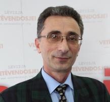 Dr. Husamedin Feraj