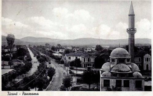 """Xhamia """"Dine Hoxha"""", e ndërtuar nga Dine Hoxha, Rruga e Kavajës, Tiranë"""