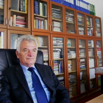 Prof. Dr. Zymer Ujkan Neziri