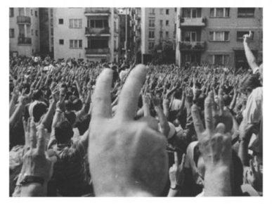 Demokracia në Shqipëri
